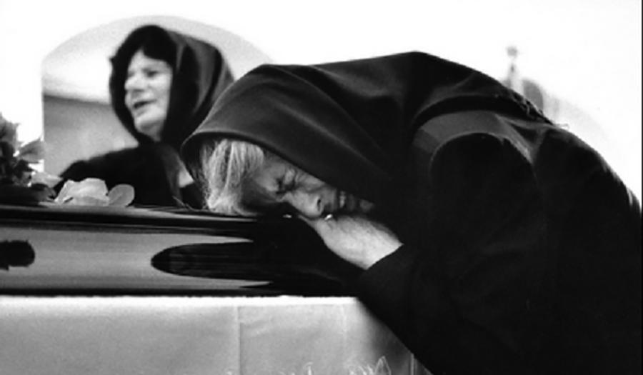 """L'orizzonte formale del patire. La parola e l'immagine in """"Morte e pianto rituale"""" di Ernesto de Martino"""